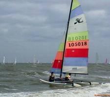 Catamaran: zeilles op een Hobie, Dart of Nacra